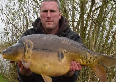 earith-carp-lakes-the-trout-lake-carp-fishing-10