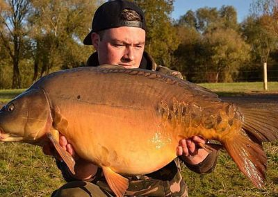 holme-fen-fishery-poachers-pool-carp-fishing-10
